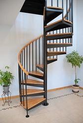 Винтовая лестница продам