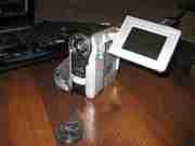 Продам видеокамеру JVC GR-DX28e.