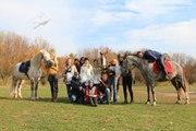 Прогулки на лошадях,