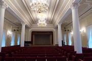 Ремонт и оформление зрительных залов.