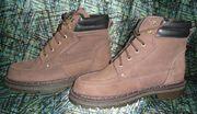 Зимние ботинки,  новые.