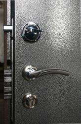 Двери металлические покрасим методом порошкового напыления