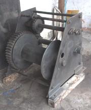 Лебедки электрические и ручные,  монтажно-тяговые механизмы