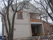 Добротный 2-этаж. дом 234 кв.м.,  9 сот. Хол.Гора,  ул. Верхнегиевская.