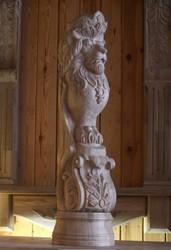 Столбы деревянные резные в Харькове