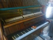 Продам пианино Украина светлокоричневое