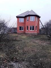 Дом рядом с м. Студенческая.