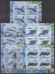 Красивые марки фауна Киты