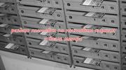 Раздаю листовки по почтовым ящикам и возле метро
