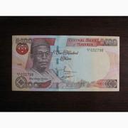 100 найров Нигерии 1999 UNC
